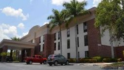 Exterior view DAYS INN FORT MYERS NR JETBLUE