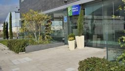 Buitenaanzicht Holiday Inn Express PAMPLONA