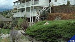 Hotel Above the Beach Bed and Breakfast - Penticton