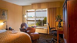 Room WYNDHAM  JACKSONVILLE RIVERWAL