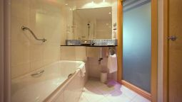 Bathroom B&B Madrid Airport T1 T2 T3
