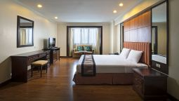 Junior suite Omni Tower Sukhumvit Nana by compass Hospitality
