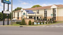 Exterior view DAYS INN NASHVILLE TN