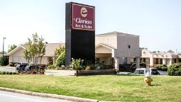 Exterior view Clarion Inn & Suites Haywood Mall Area