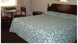 Room Red Carpet Inn Parsippany Area