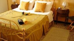 Hotel Essiale Bed and Breakfast in the centre of Genoa - Genoa