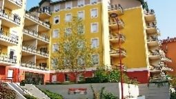 Sejours & Affaires Geneve - Saint Genis Pouilly Apparthotel - Saint-Genis-Pouilly