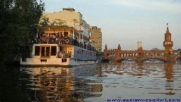 Eastern Comfort Hotelboat - Berlin