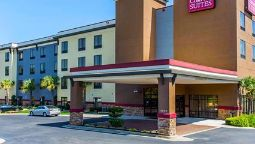 Exterior view Comfort Suites Stockbridge