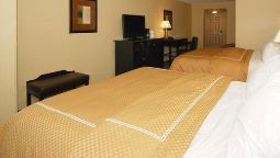 Room Comfort Suites Oshkosh