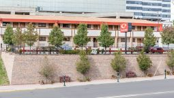 Exterior view Econo Lodge Fort Lee