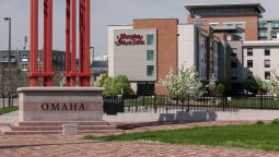 Buitenaanzicht Hampton Inn - Suites Omaha-Downtown