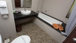 Bathroom Kata Sea Breeze Resort
