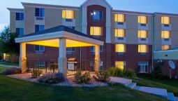 Exterior view Candlewood Suites MADISON - FITCHBURG