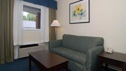 Suite Quality Inn & Suites Williamsburg Central