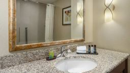 Kamers Embassy Suites by Hilton San Marcos Conference Center - Spa