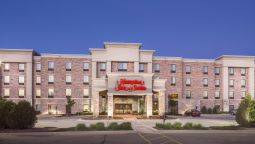 Exterior view Hampton Inn - Suites West Bend