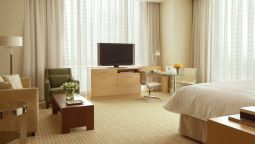 Room FOUR SEASONS HOTEL ST. LOUIS