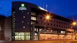 Exterior view Holiday Inn Express DUNDEE