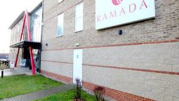 Exterior view Ramada London Stansted Airport