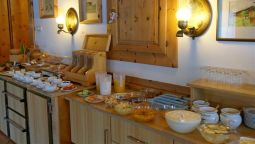 Breakfast buffet Haus Angela Pension