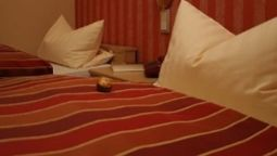 Room Haus am Fluss Garni