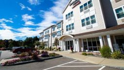 Exterior view TownePlace Suites Laconia Gilford