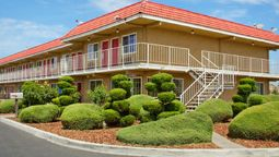 Exterior view DAYS INN TURLOCK
