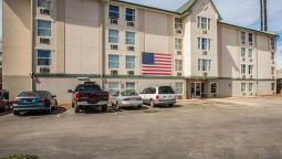 Exterior view Rodeway Inn & Suites near Outlet Mall - Asheville