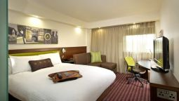 Room Hampton by Hilton Corby-Kettering