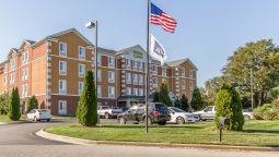 Exterior view MainStay Suites Fort Campbell