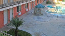Exterior view Econo Lodge Downey