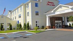 Exterior view Hampton Inn - Suites Mystic