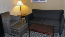 Room Quality Inn & Suites Olathe - Kansas City