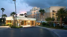 Exterior view SpringHill Suites Orlando Lake Buena Vista in Marriott Village