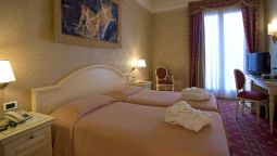 Room with terrace Terme Roma