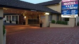 Exterior view Quality Inn Country Plaza Queanbeyan