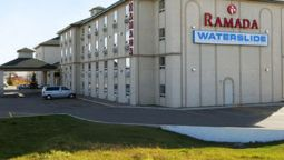 Buitenaanzicht RAMADA RED DEER HOTEL AND SUIT