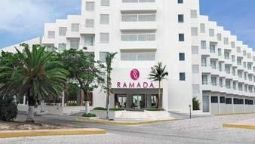 Buitenaanzicht Ramada Cancun Ramada Cancun City