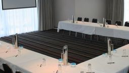 Conference room Quality Suites Pioneer Sands