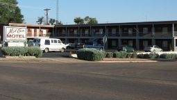 Exterior view MIDTOWN MOTEL
