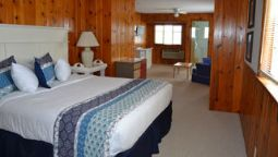 Room BUZZS LAKESIDE INN