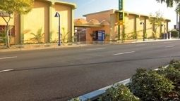 STUDIO INN AND SUIT - Downey (California)