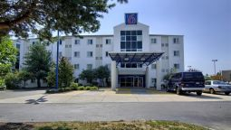 Exterior view MOTEL 6 PORTSMOUTH NH