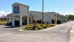 Exterior view MOTEL 6 DECATUR