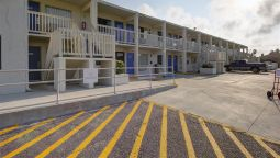 Exterior view MOTEL 6 SOUTH PADRE ISLAND