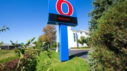 Exterior view MOTEL 6 MINNEAPOLIS - BROOKLYN CENTER