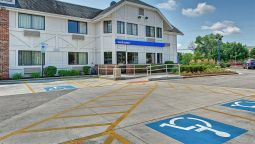 Buitenaanzicht MOTEL 6 CHICAGO NORTH GLENVIEW