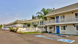 Exterior view MOTEL 6 SACRAMENTO SOUTH