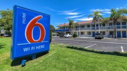 Exterior view MOTEL 6 LOS ANGELES-POMONA